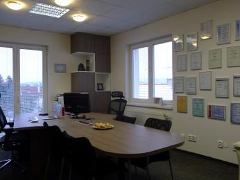návrh a realizace kanceláře Praha